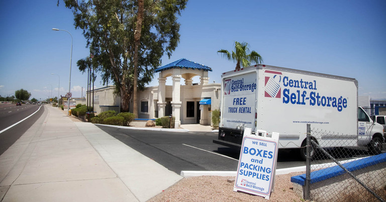 Rent self storage units in Chandler, AZ located on S Arizona Ave
