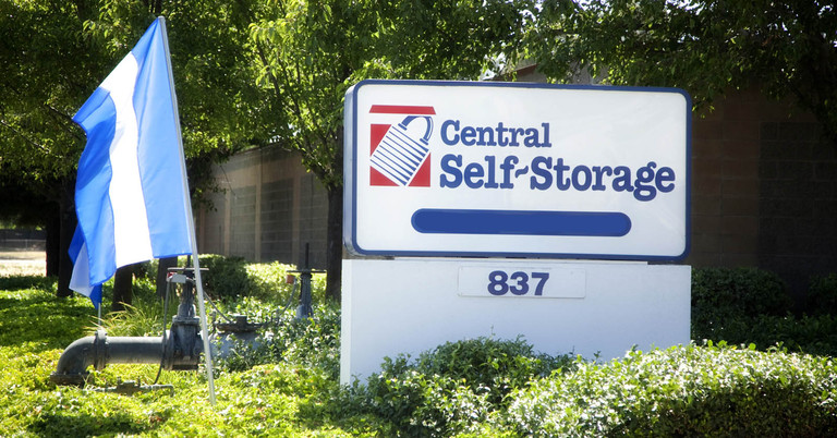 Rent Self Storage Units In Fairfield Ca Located On E Travis Blvd