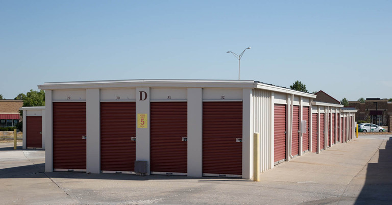 Storage Units in Olathe KS 1702 E Kansas City Rd